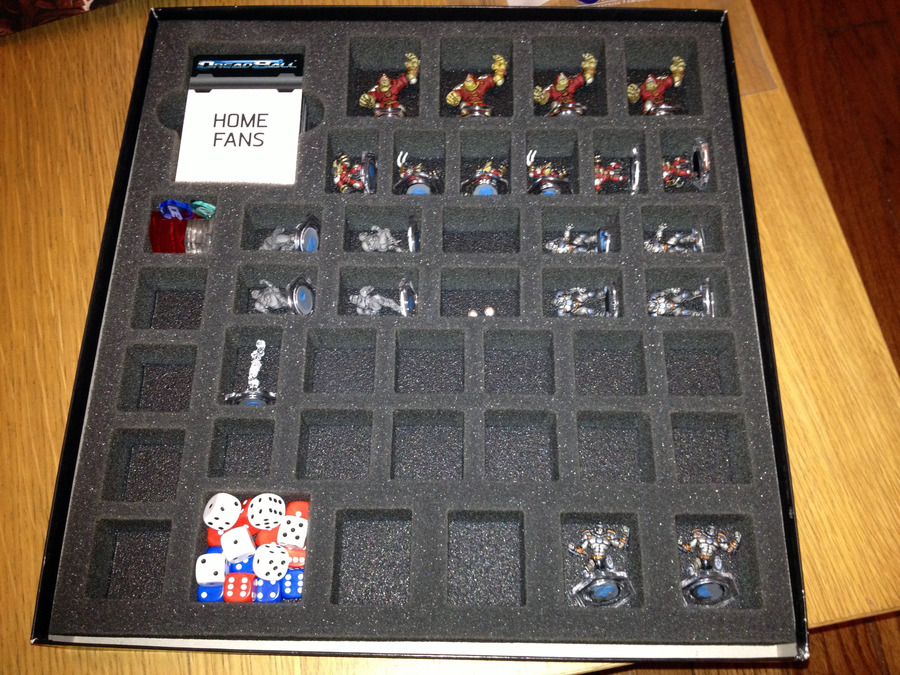 dreadball_battle_foam_in_box