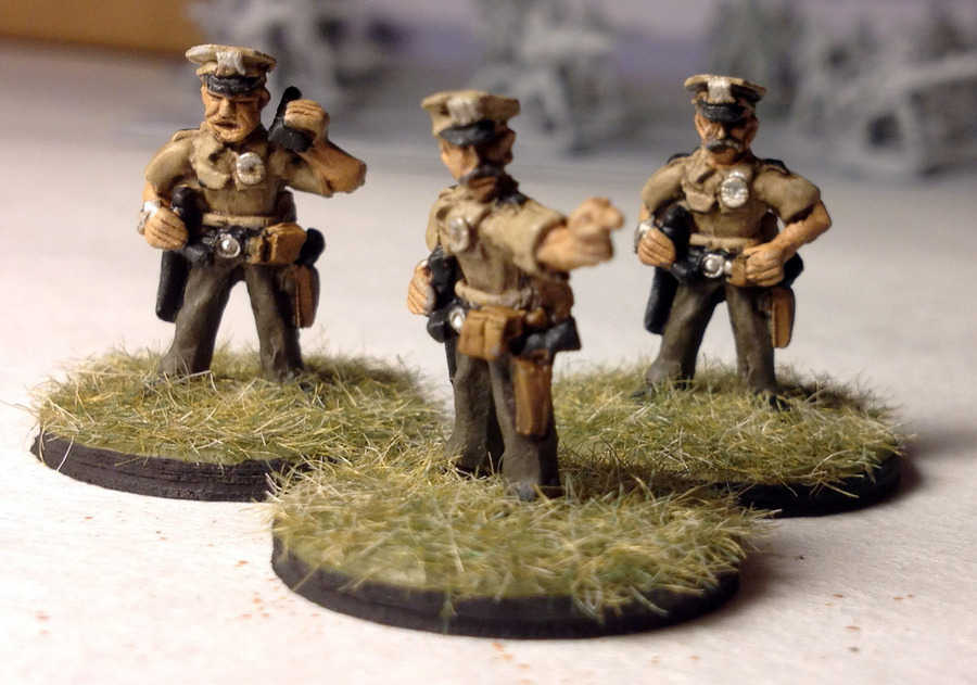 rebel_minis_mall_cops_detail